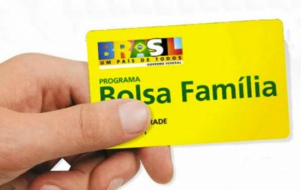 Empresários e até gente morta recebe Bolsa Família no Amapá