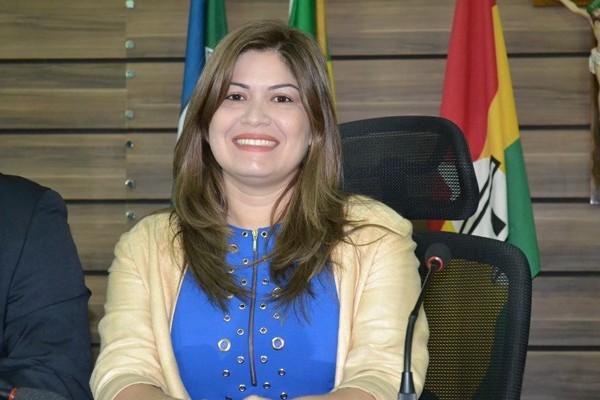 Aline Gurgel é investigada por compra de votos