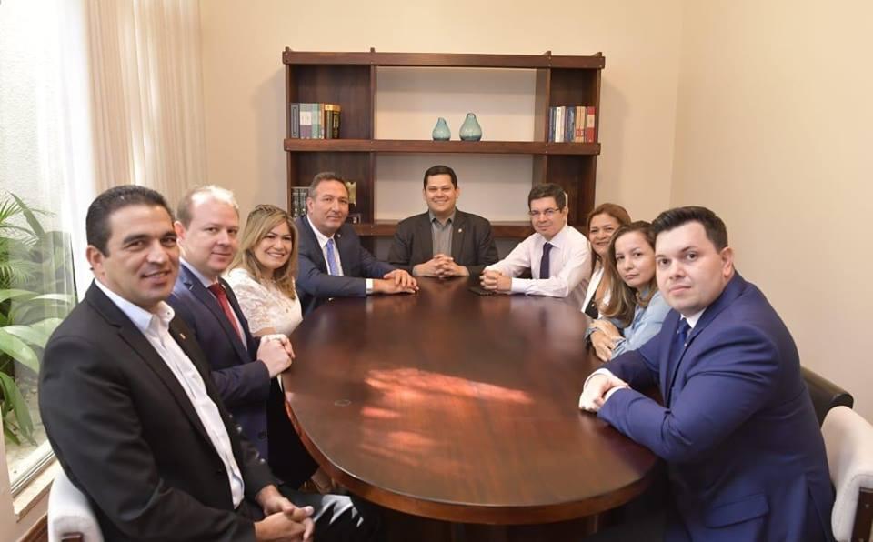 Lucas exalta união da bancada para fortalecer a segurança pública no AP