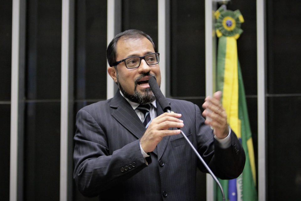 Camilo apresenta emendas para dar ganho real ao salário mínimo