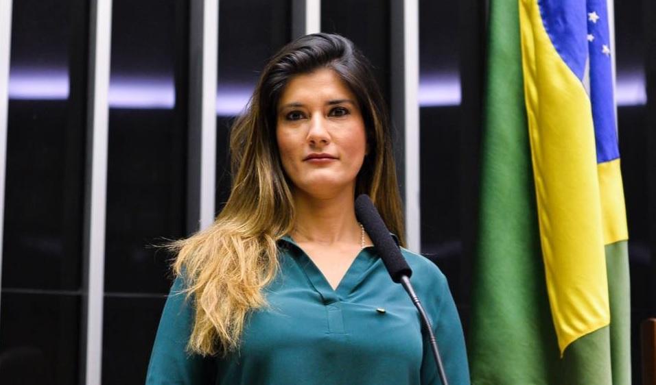 Patricia Ferraz pode entrar na disputa pela prefeitura de Macapá